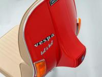 Une Vespa transformée en fauteuil unique pour votre bureau !